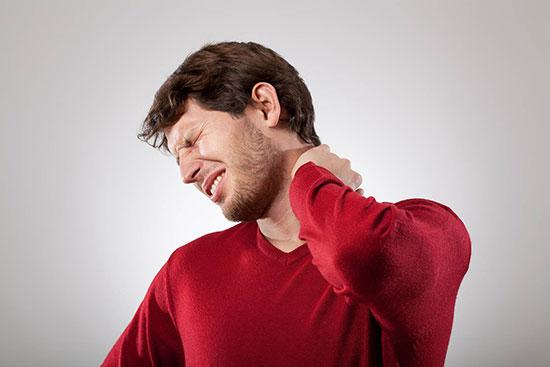 علایم آرتروز گردن را بشناسید