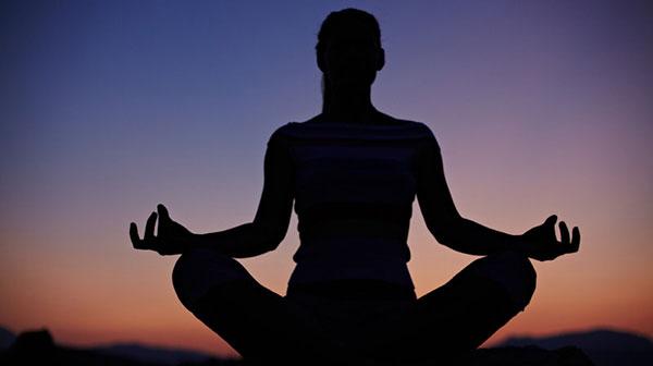 ۱۵ روش برای مقابله با نگرانی و اضطراب