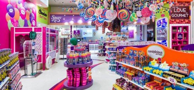 فروشگاه کندیلیشز دبی مال | Photo by : Unknown