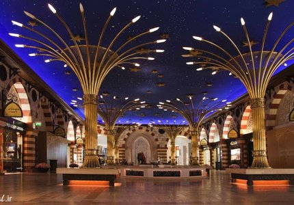 گوشه ای از مرکز خرید دبی مال | Photo by : Unknown