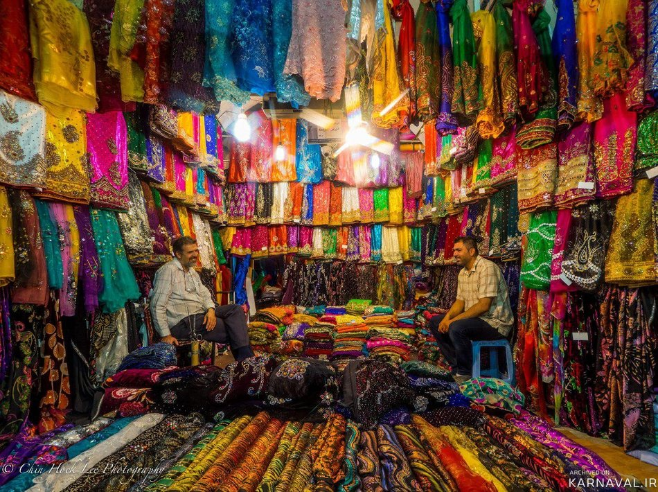 پارچه های رنگی عشایر شیراز | Photo by : Chin Hock Lee