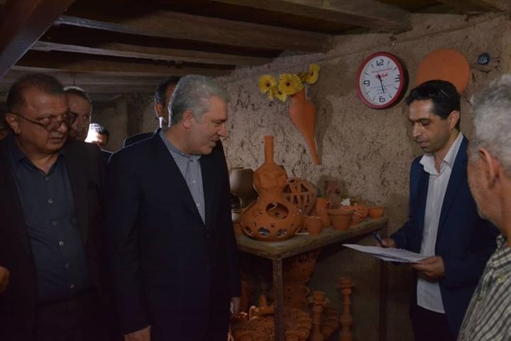 بازدید رئیس سازمان میراثفرهنگی از دهکده سفال در تنکابن