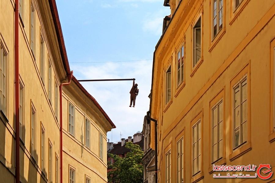 مرد معلق، شهر پراگ کشور جمهوری چک
