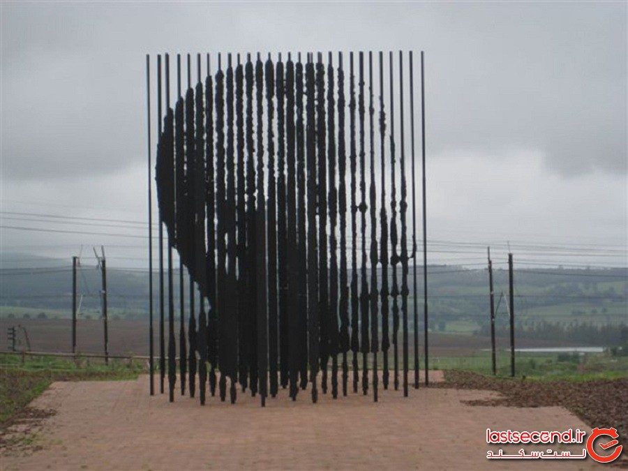 یادبود نسلون ماندلا، کشور آفریقای جنوبی