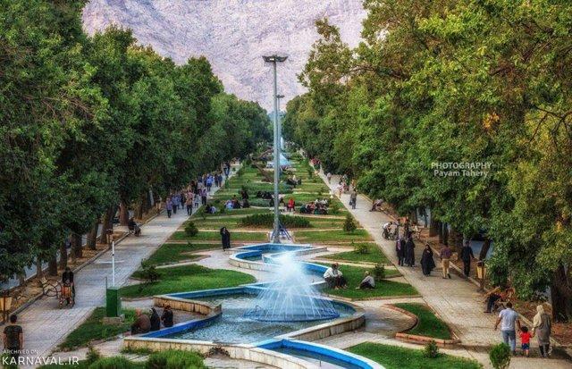 بلوار طاق بستان | Photo by : Unknown