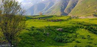صعود به پاشوره از آزو | Photo by : Fahime Dezfouli | Karnaval