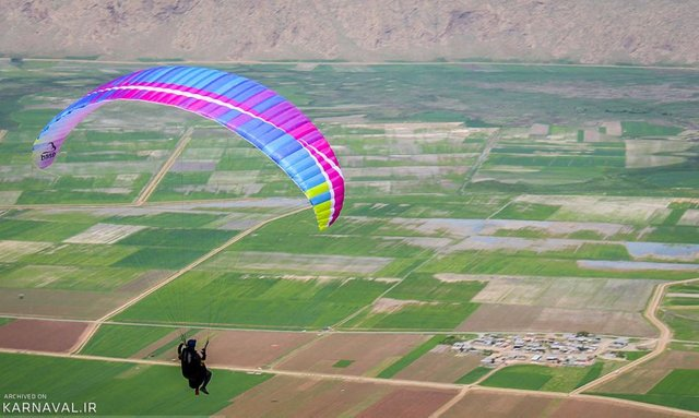 پرواز در سایت ویس قرنی | Photo by : Unknown