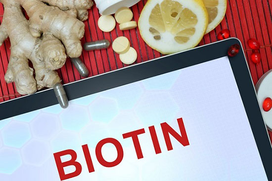 کمبود ویتامین و پوستههای اطراف ناخن