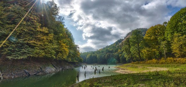 دریاچه چورت | Photo by : Mahdi Emrani