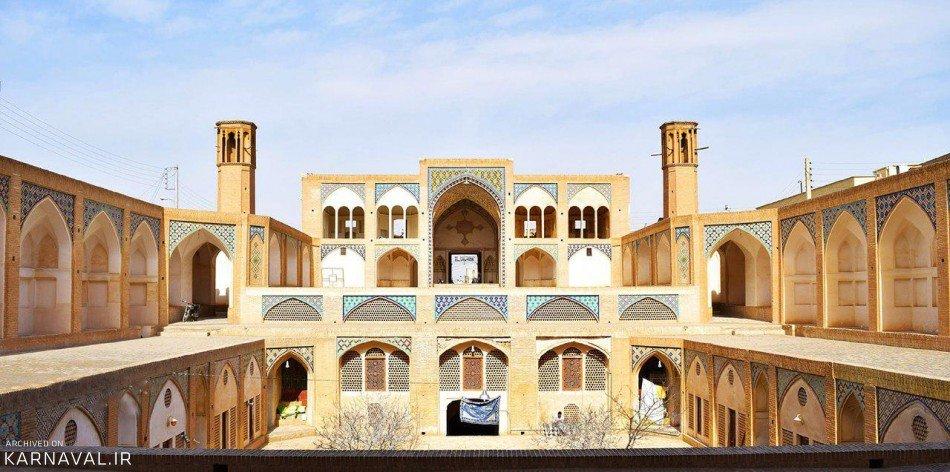 مسجد آقابزرگ | Photo by : Pouria Shokri
