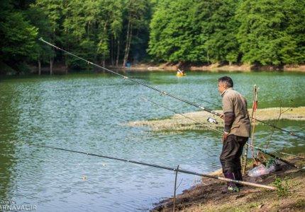 ماهیگیری در دریاچه چورت | Photo by : Unknown