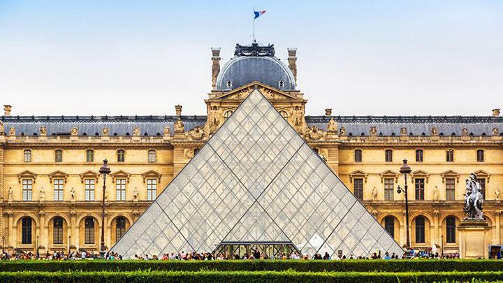 موزه لوور از جاهای دیدنی فرانسه